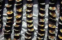 La preparation des Sushi exige l'utilisation de feuilles de Nori