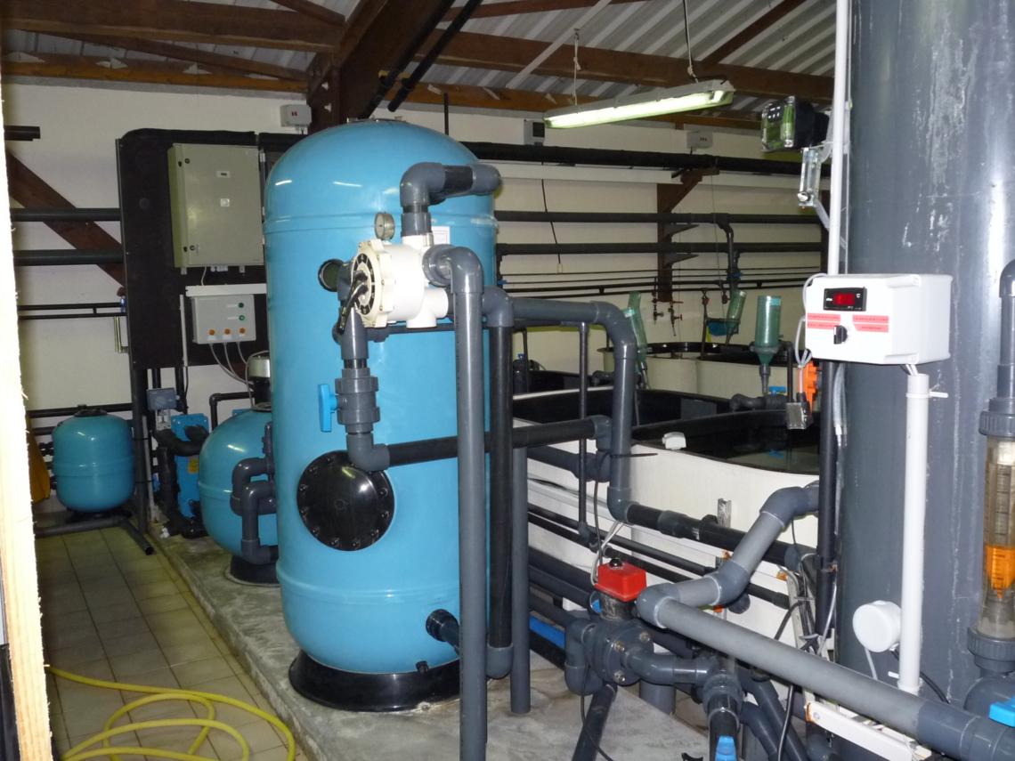 Systèmes de filtration et bacs tampons